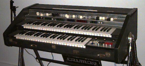 Crumar Organ